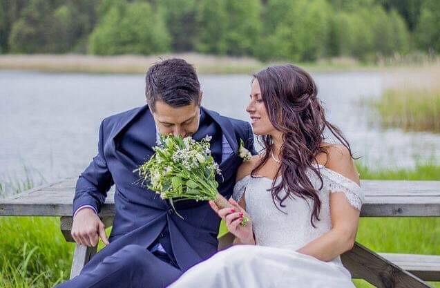 Bröllop_Gålö_Brudparet_Add_a_flower.JPG