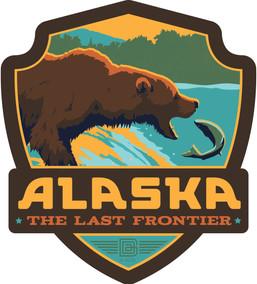 26024SK Alaska Fishing Bear