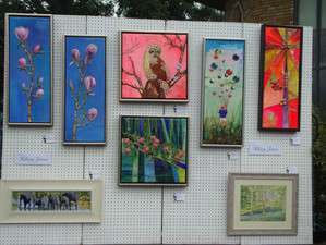 Lovely weather at the towpath Exhibition