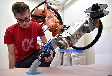 KUKA robotic 3D printer