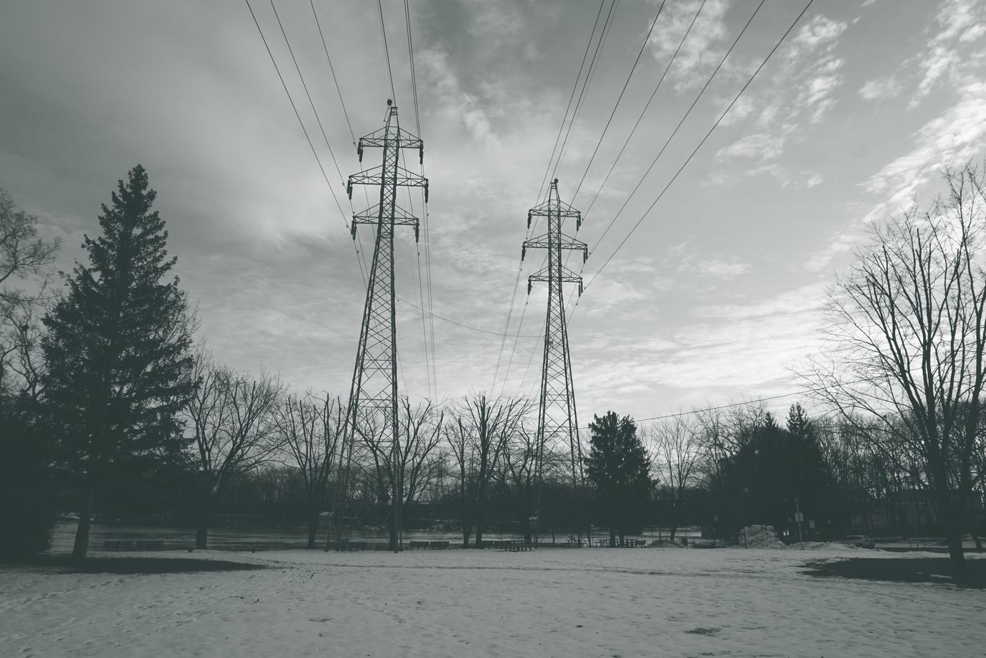 Pylones Électriques-H6F (Branché, V2).jp