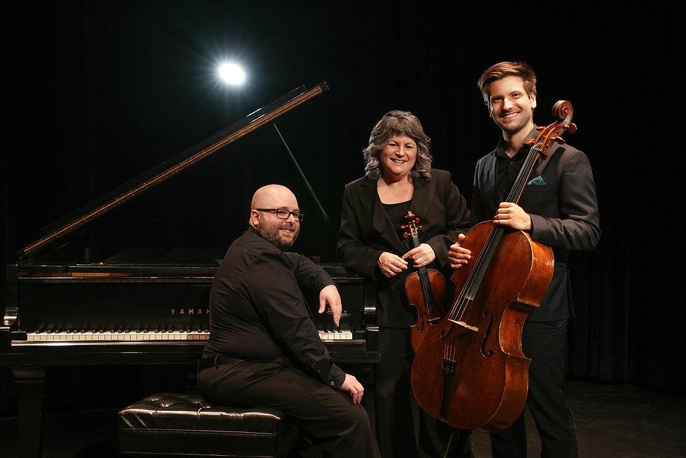 Trio Hochelaga_2021_Photo Chloé McNeil.jpg