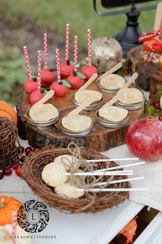 Red apple dessert table