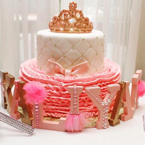 Princess baby shower crown cake