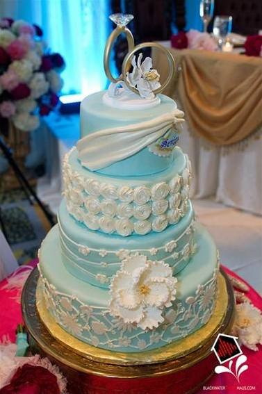 textured wedding cake a piece of cake wedding cake bakery custom cakes tampa florida. Black Bedroom Furniture Sets. Home Design Ideas