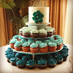 Ombre Teal Wedding Cupcakes
