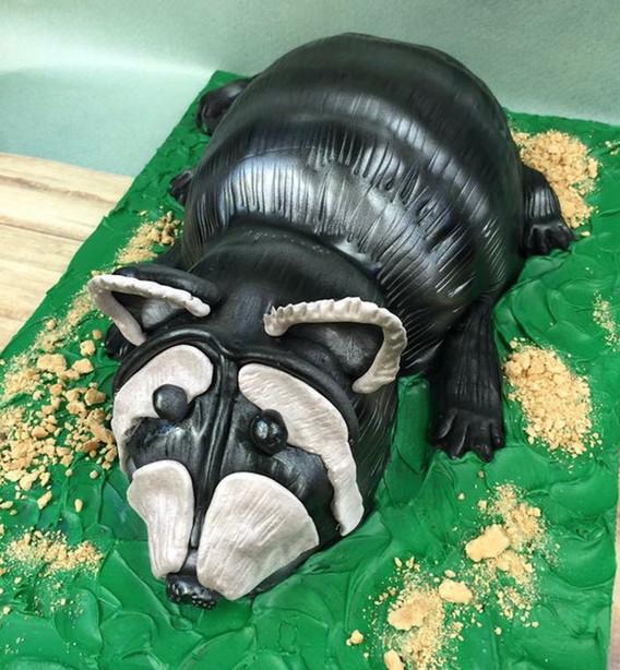 Raccoon grooms cake