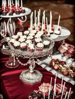 Mini wedding dessert bar