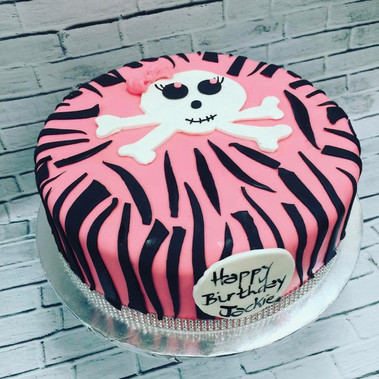 Girl Skull birthday cake