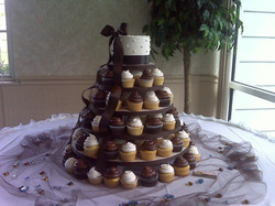 Ivory and brown Wedding Cupcakes
