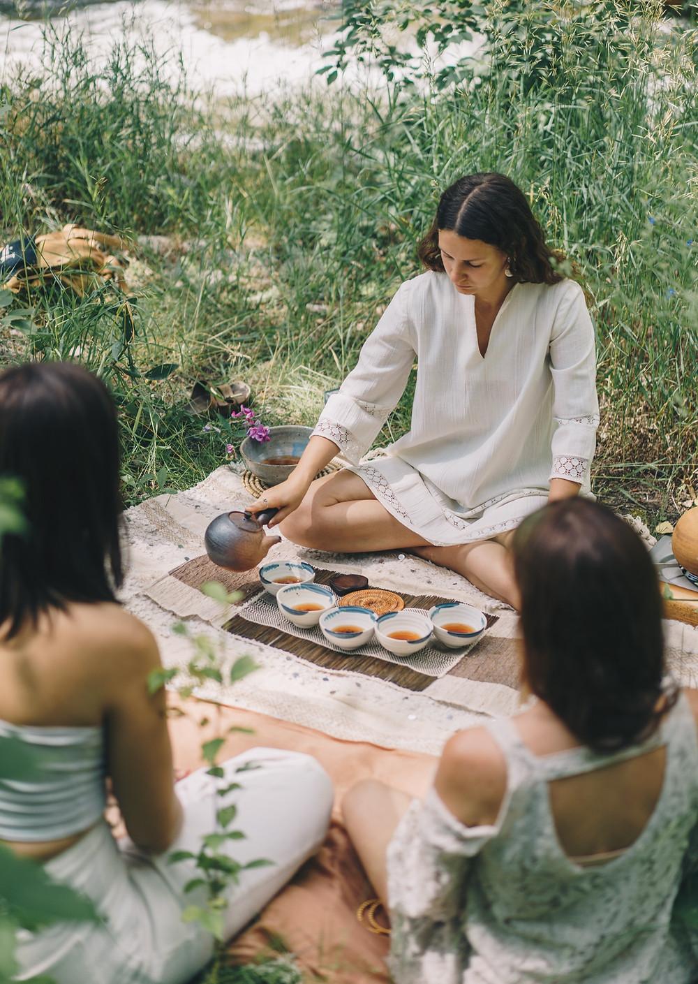 Tea Ceremony | Laura Baross | Rachel Bare
