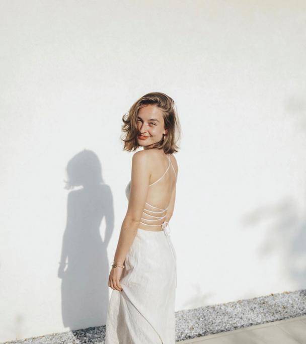 LAURA BAROSS