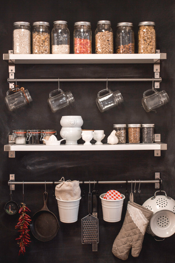zero waste kitchen shelving