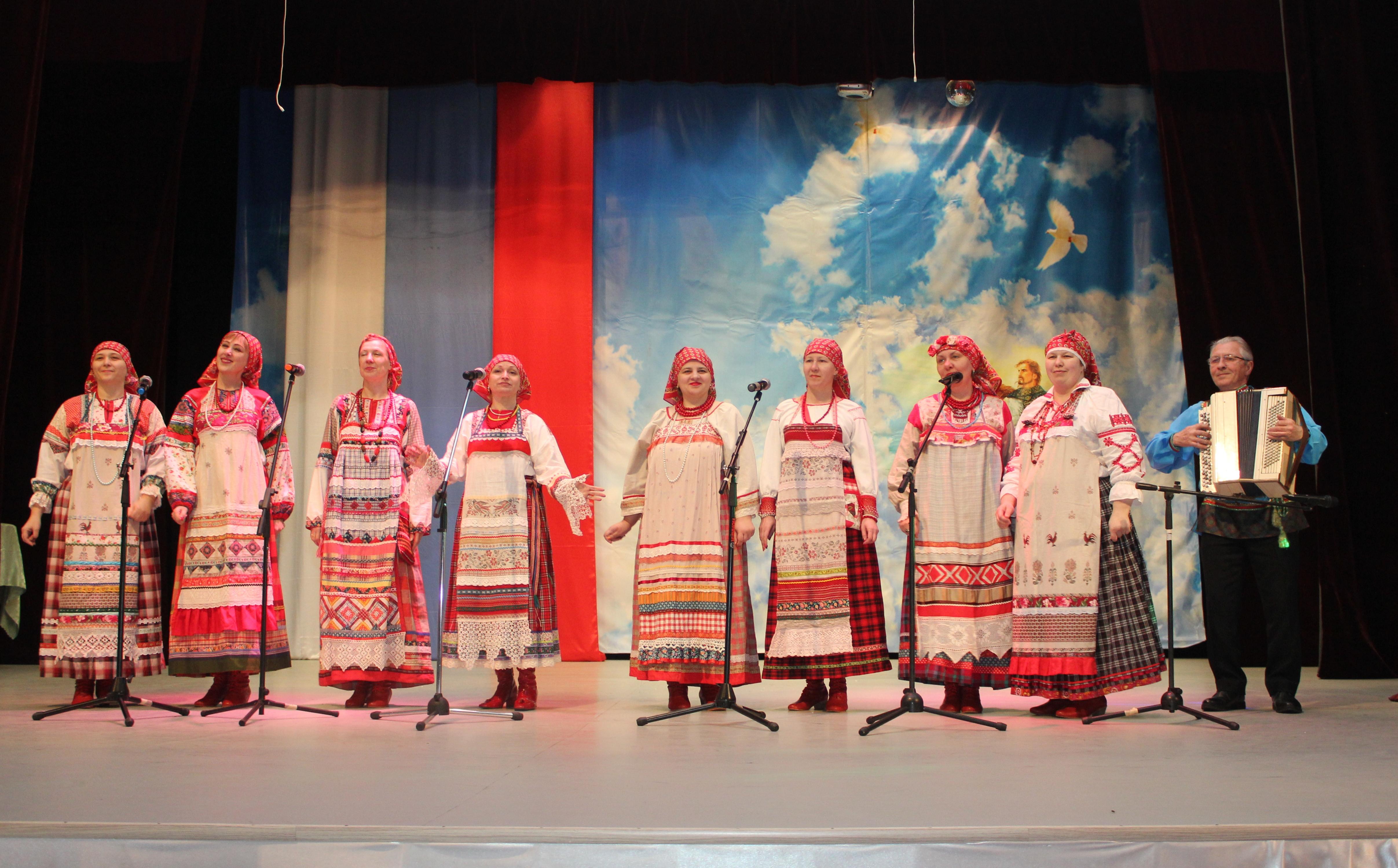 Народный ансамбль русской песни Забава Д