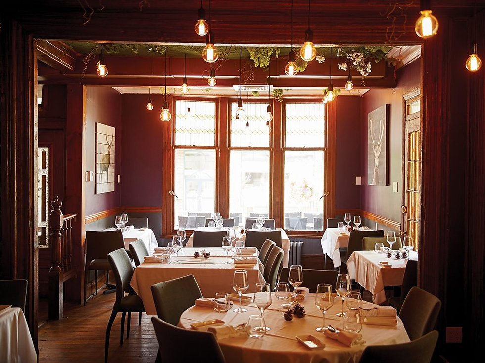 P51_Restaurant-Geraldine_Julien-Faugere-