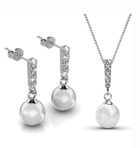 Jewellery Set - earrings and necklace - Pearls and Swarovski Crystals