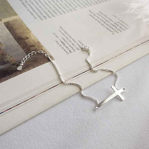 925 Sterling Silver bracelet box chain and cross