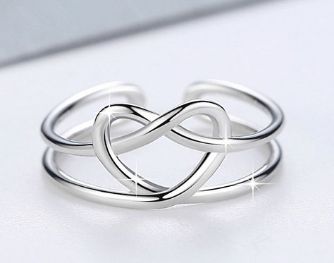 925 Sterling Silver plated knotted ring - adjustable