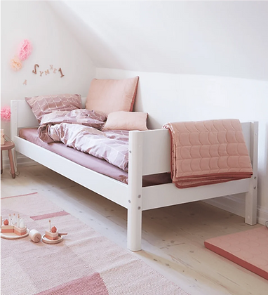 Classic Wood Single Bed in White