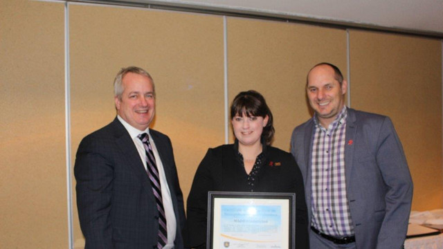 Deputy Minister Mike Comeau Presents Certificate of recognition to MADD Fredericton