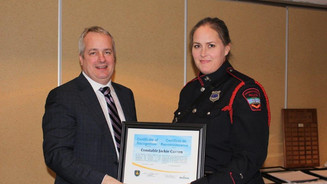 Cst. Jackie Curren receives certificate of recognition