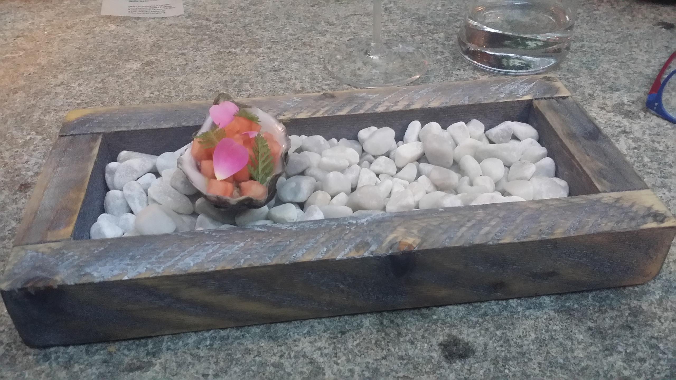 Ostrica, anguria, rosa, bergamotto