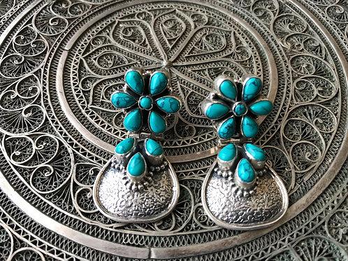 Floral Turqoise Dangle