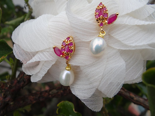 butterfly earring with ruby and pearl