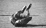 שחקן כדורגל פצוע