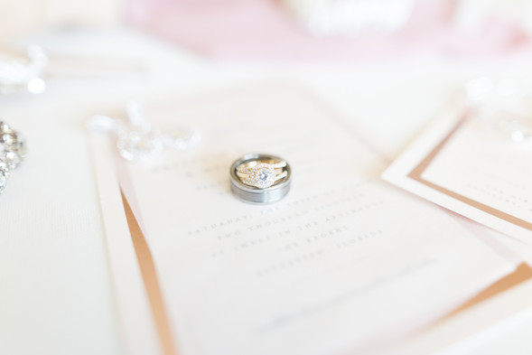 3 Things Every Bride Should Know About Online Wedding Groups