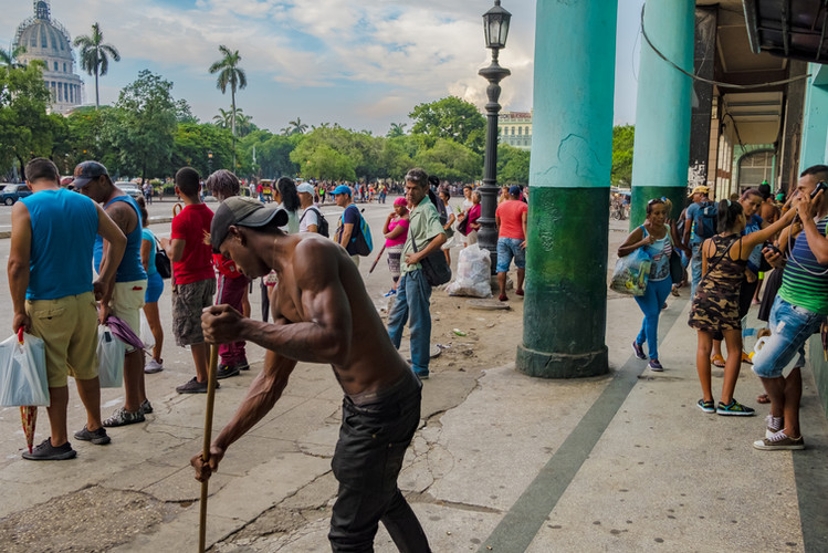 Cuba Tarde de Limpieza Color