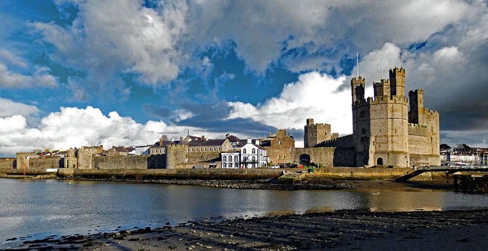 Caernarfon castle and city walls