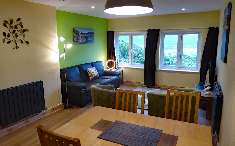 Noddfa living/dining room