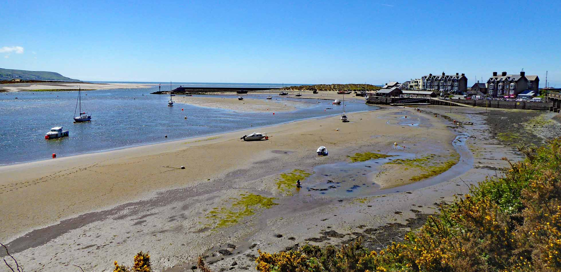 Barmouth harbour at low tide