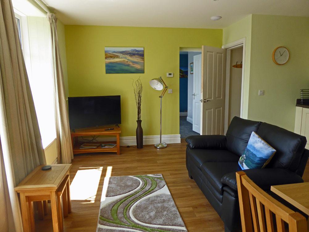Derwen living room