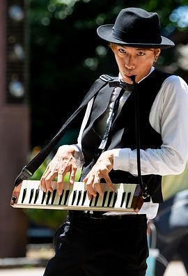 イーガル,遊侠サーカス,ヘブンアーティスト,現代音楽作曲家,ピアニスト,ながめくらしつ