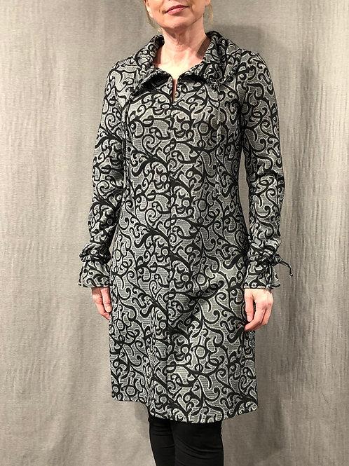Robe évasée col châle froncé H20157