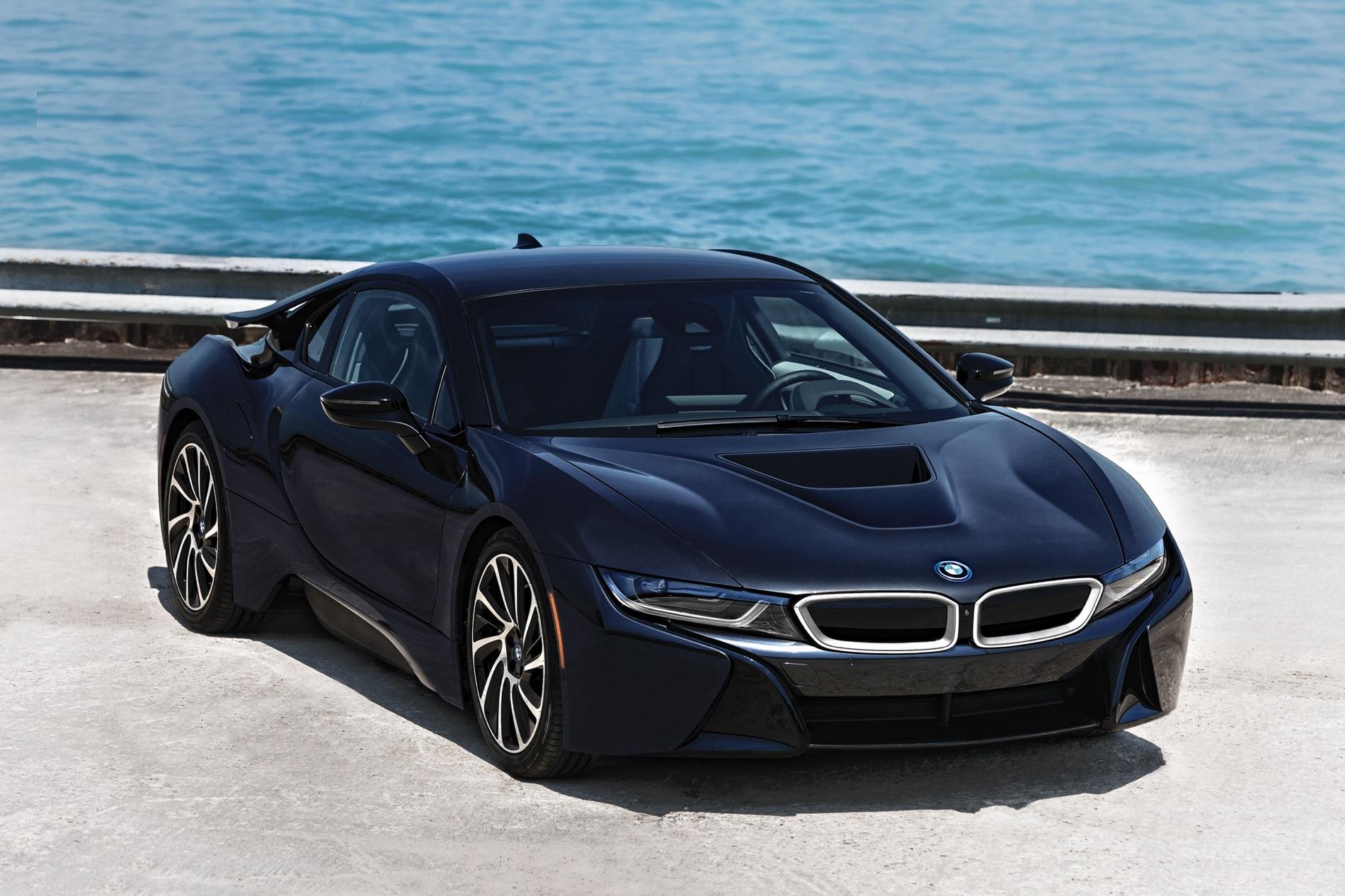 BMW i8 -side- luxury car rentals houston