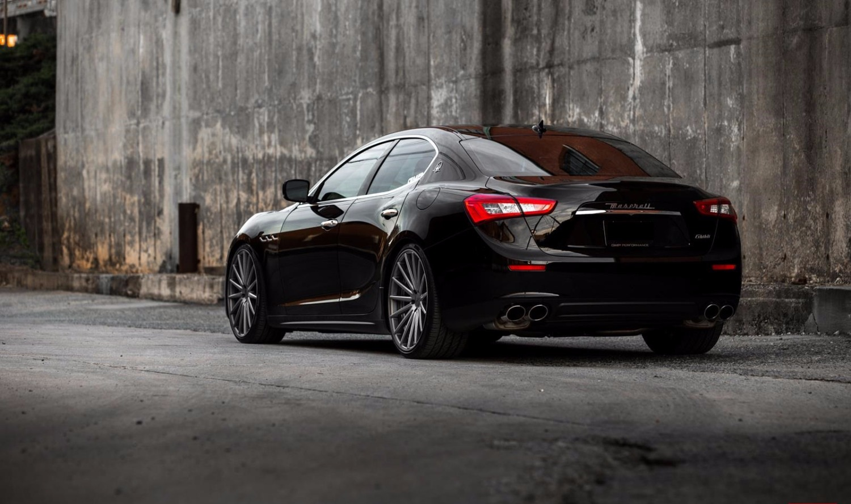 Maserati Ghibli - back- Luxury car rentals Houston_edited
