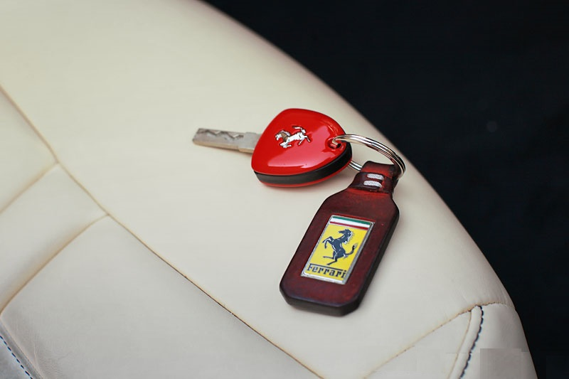 Ferrari - Key - W luxury car rentals