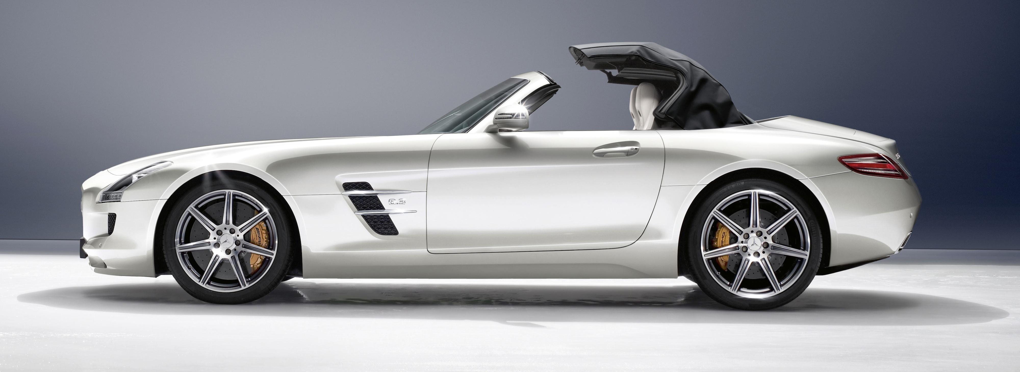 Mercedes Benz SLS Roadster- luxury car rentals of Texas