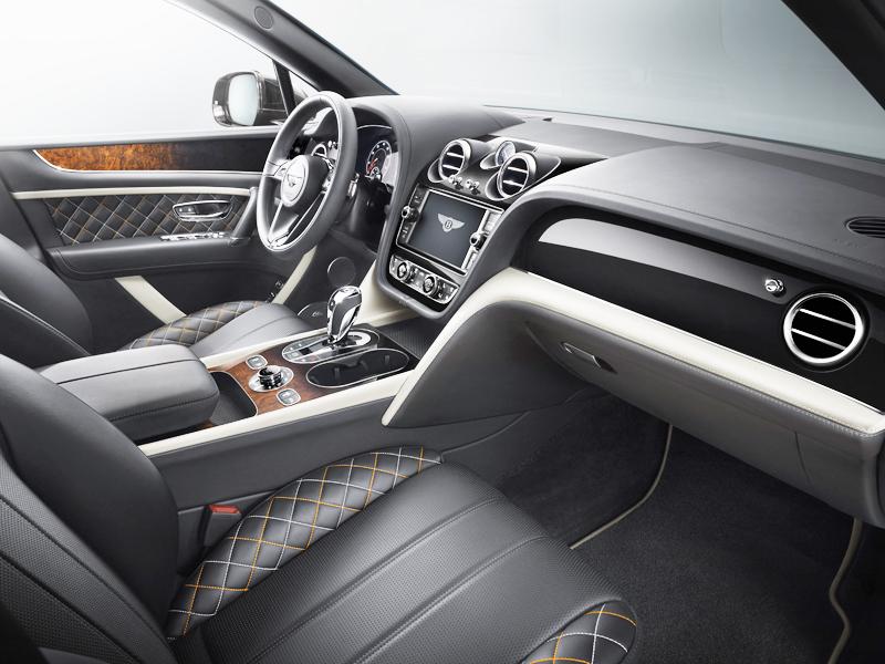 Bentley Bentayga - interior-LCR of Texas