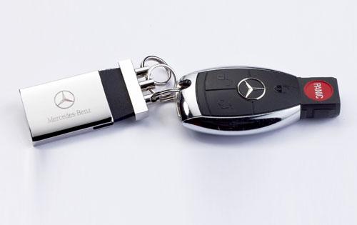 Mercedes -key-  luxury car rentals Houston