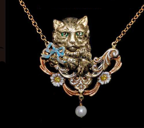 Assorted Pieces: Window Cat Necklace