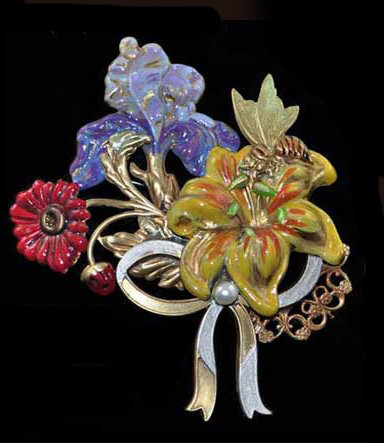 The Day Lily Collection: Brooch