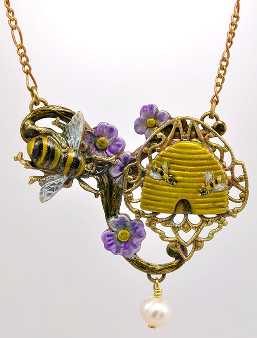 Wholesale: Birds & Bees Honeybee Necklace