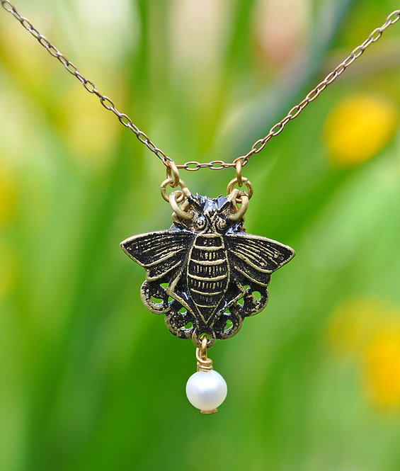 Wholesale Antique Etchings Collection: Bee Pendant
