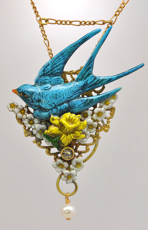 Wholesale: Birds & Bees Swallow Necklace