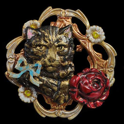 Assorted Pieces: Window Cat Pin