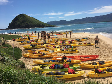 sea kayakers @ Mokulua Islands